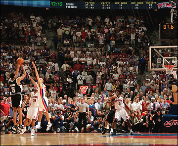 Horry Game Winner Pistons